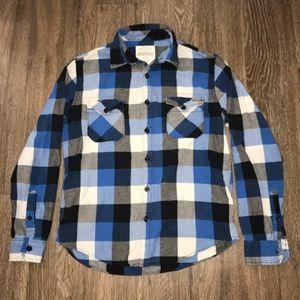 Aeropostale Men's Flannel Button Up, Size Medium.
